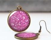 Fuschia Glitter Earrings, Picture Earrings, 25 mm 1 Inch Round Dangle Statement Earrings, Bohemian Resin Jewelry, Bridesmaid gift