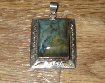Labradorite -with Blue Flash- Sterling Silver Pendant