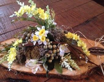 Rustic floral arrangement, yellow floral arrangement,