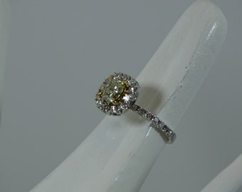 Estate 18k Natural Yellow Diamond Ring Size 6.75