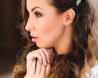 Bridal Hair Pin with Pearls and Crystals