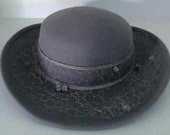 Vintage Michael Howard 100% wool Hat