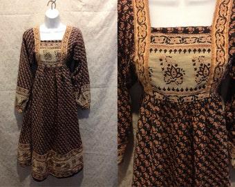 1970s RARE AUTHENTIC Indian Handmade Boho Peasant Medieval Midi Prairie Dress SizeXS-Small