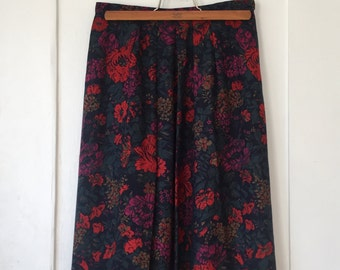 Women's Size 10 - Vintage 80s Floral Pleated Skirt - Country Sophisticates