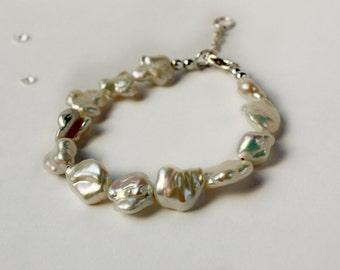 Statement Pearl Bracelet, Wedding Pearl Bracelet, Pearl Bracelet, Bridal Pearl Bracelet, Wedding Jewellery, Contemporary Pearl Bracelet, 925