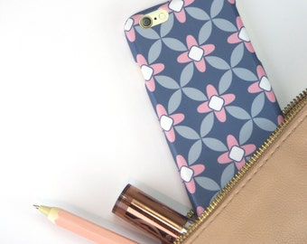 iPhone 6 Case in Floral Pattern // Cute Patterned iphone 6s hard case // iPhone cases // iPhone 6 Case // iPhone Cases // Gifts for Her