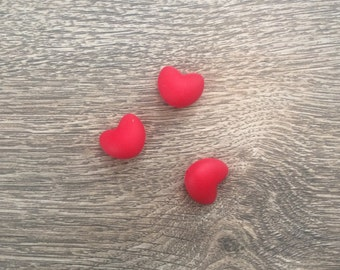 3 hearts red Scarlet
