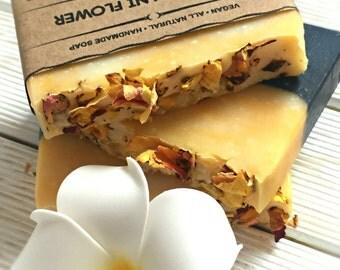 Frangipani Soap, - Plumeria Soap, All natural soap, Handmade Soap, Cold Process Soap, Vegan Soap, Scented Soap, Fangipani Essential Oil, UK