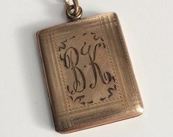 Vintage 10K Gold-filled Engraved Locket
