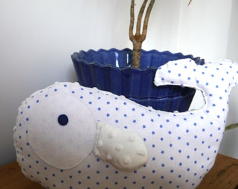Stuffed whale in cotton fabric and minky