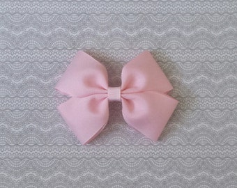 Girls light pink 4inch hair bow