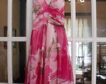Marilyn Monroe Style Pink Floral Halter Dress w/ Billowy Bottom