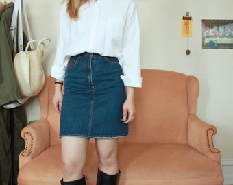 Gap White Button Up Shirt