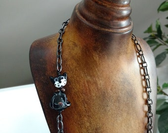Black Cat Lampwork Bead Necklace with Opera Length 30-inch Gunmetal Gray Metal Cable Chain
