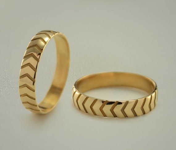 band set his her couple rings modern wedding rings gold
