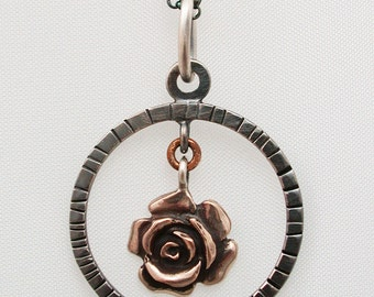 Necklace Rose « Milagros »