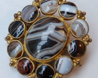 Victorian Scottish Banded Agate Multi Stone Brooch