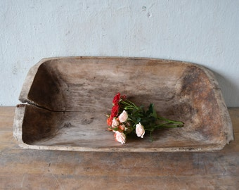 Antique wooden dough bowl / Primitive dough bowl / Rustic wooden dough bowl / Antique cookware / Hand carved bowl / Farmhouse chic decor