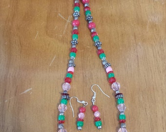 Summer Picnic Necklace and Matching Earrings