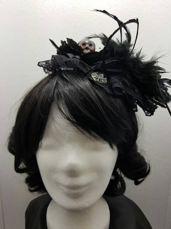 SALE skull gothic fascinator skull of gothic Fascinator-