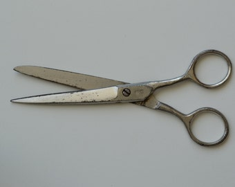 Soviet Vintage Scissors. Metal scissors. Made in USSR. Vintage tool. Housewares.  Soviet era. USSR 1960. Soviet Collectibles.