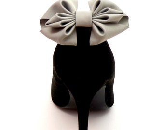 Handmade grey bows - shoe clips Manuu, Wedding shoe clips, Bridal shoe clips, Wedding shoes,