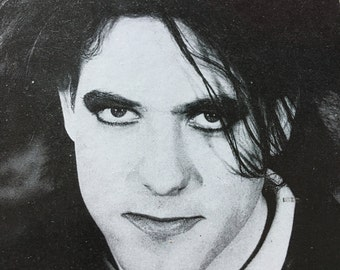 ROBERT SMITH ''The Cure'' 4''x6'' framed postcard