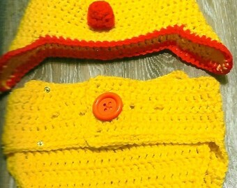 Crocheted Chick hat and diaper cover