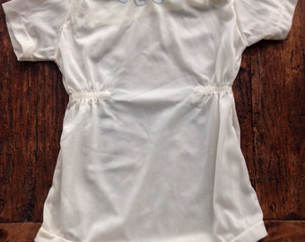 Vintage baby onesie white with wave embroidery