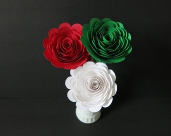 "Pizzeria Table Centerpiece, set of 3 big 3"" roses on stems, Red White Green, Italian Restaurant Decor, Pizza shop Floral decorations theme"