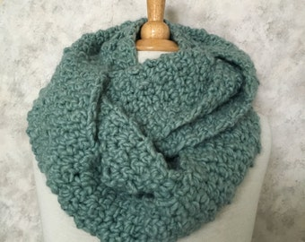 Teal Pebble Stitch Infinity Scarf