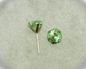 6mm Pink to Green Color Change Zandrites in 14k Yellow Gold Stud Earrings