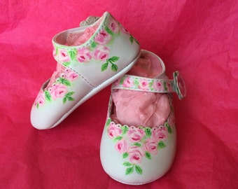 Shoes, Baby Shoes, Crib Shoes, Soft Soled, Mary Janes, Leather, Girl, Pink, Size 2, Painted, Reborn, Bears, Doll Shoes, Roses, Floral, Gift,