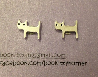 Cat Stud Earrings with Surgical Steel findings 12mm