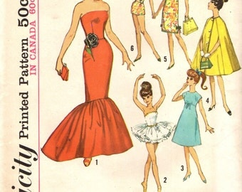 Simplicity 5215 UNCUT Vintage 60s Doll Wardrobe for Barbie & Fashion Dolls
