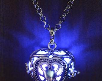 Heart Pendant Heart Jewellery Glowing Nekclace  Glowing Blue Heart Lovely Valentine Gift for Her - LED jewelry