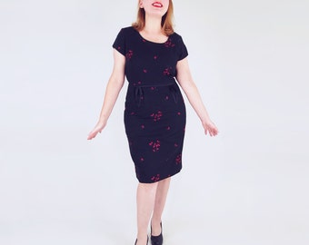 60s Black Sheath Dress with Pink Embroidery L