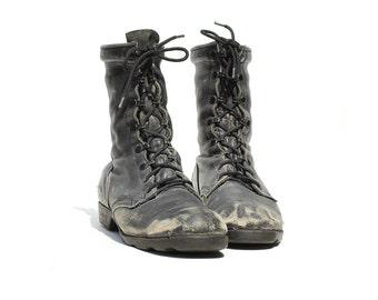 Vintage Men's Black Leather Ankle Boots / Distressed Combat Boots / size 9