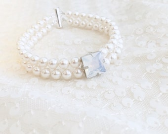 Rhinestone Statement Piece Pearl Bracelet, Swarovski Pearl Bracelet White Opal and Clear Rhinestone accents, adjustable length brida