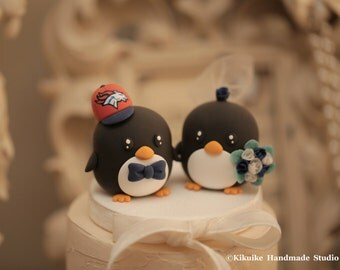 penguins bride and groom wedding cake topper (K434)