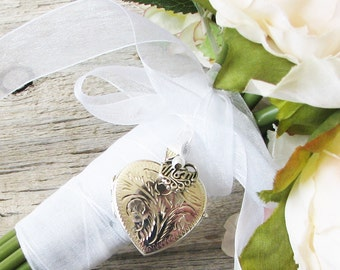 Mom Bridal Bouquet Locket