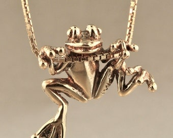 Gold Frog Necklace - 14k Gold Tree Frog Charm - Frog Pendant Frog Jewelry - Gold Frog Lucky Frog