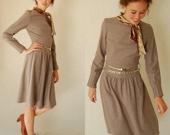 Vintage Beige Wool Ascot Preppy Boho Sheath Dress (xs)
