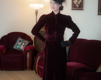 Vintage 1930s Dress - Exquisite Deep Burgundy Silk Velvet 2 Piece 30s Dress with Peaked Shoulders and Button Detailing