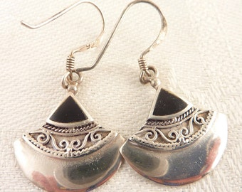 Vintage Black Enamel Inlay Ornate Sterling Pie Piece Fish Hook Earrings