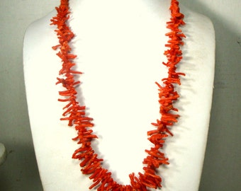 WOW, 26 Inch Long, Italian Vintage Red Branch CORAL Necklace, Graduated Spikey Frangia Stick Strand, 1960s UNDYED Natural Color, Back Chunks