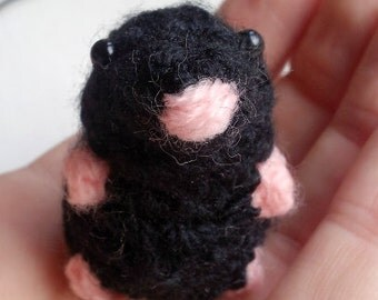 Mini Mole - amigurumi mole - crochet mole- miniature mole - Maulwurf - häkeln -  toy mole - English wildlife