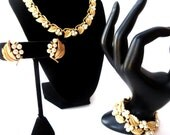 Crown Trifari Signed Gold Tone, Faux Pearl, and Clear Rhinestone Demi Parure Extendable Necklace, Chunky Bracelet, & Clip on Earring Set