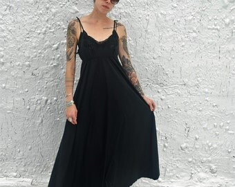 Vintage 1960s Glamorous Black Maxi Nightgown by Lyon Maille Made in France XS/S