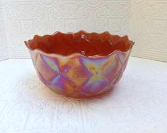 Carnival Glass Quilted Diamond Serving Bowl